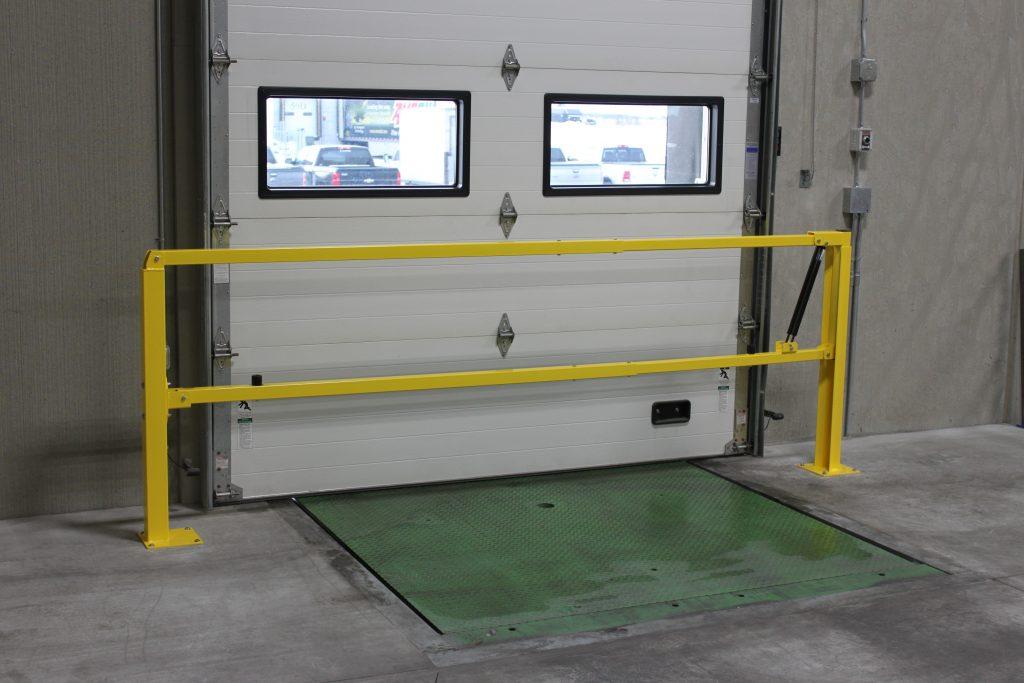 Closed loading dock gate