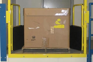 image of self-closing pallet gate